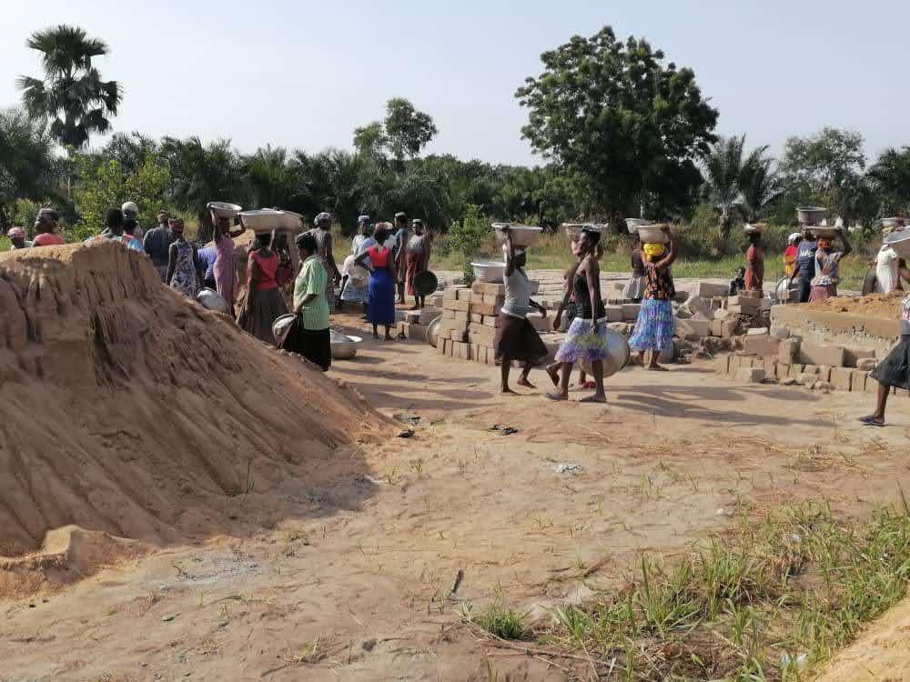 20. Mai Dorf hilft mit 3